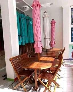Korsi cafe / taman + payung
