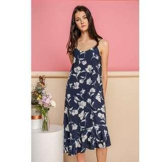🚚 BNWT TSW Rayna Printed Midi Slip Dress in Navy