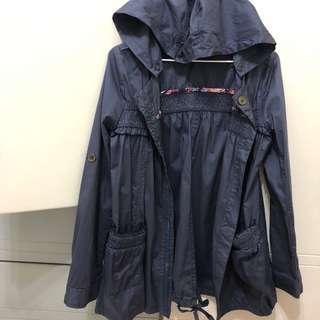 🚚 cumar 藍色風衣外套(義大利品牌