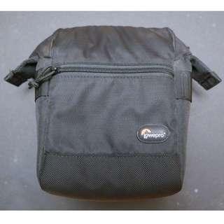 Lowepro -- S&F Utility Bag 100 AW