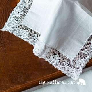 Pretty vintage wedding handkerchief, white handkerchief, lace edge with a cotton centre