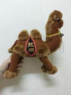 絲綢之路帶回駱駝娃娃(中)