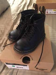 Dr. Marten Softy T Boots - Toddler Size 7