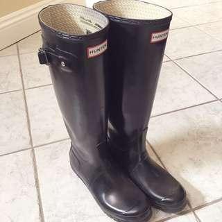 *PRICE DROP* Hunter Black Original Gloss Tall Rain Boots