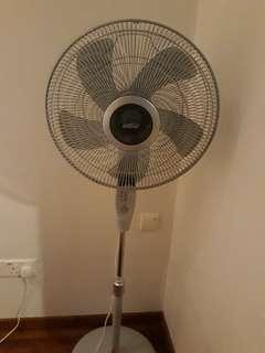Mistral Stand Fan (with Remote Control)