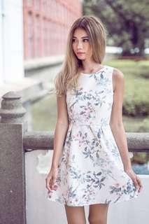 Jerrine Lace Dress in White - Size XS