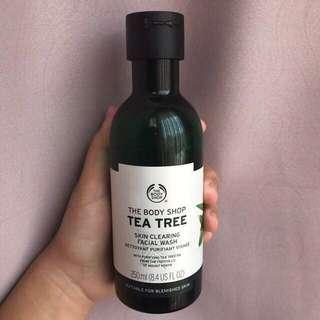 [REPRICE] Tea tree skin clearing facial wash