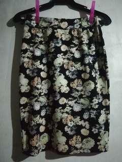 Pretty Floral Pencil Skirt