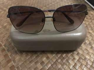 Charles and Keith Sunglasses  Seeling low with Flaw