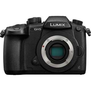 (11.11 SALE) New Panasonic GH5 Body Free 64GB Card+ Bag
