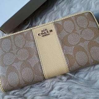 Coach Middle Line Zipper Yellow Wallet