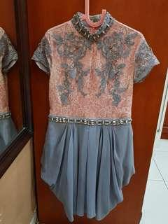 Dress gaun pesta mewah