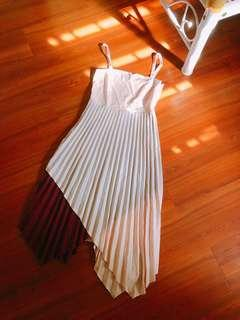 The willow label pleated dress