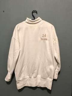 白色保暖衛衣