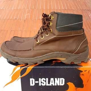 D-Island Boots