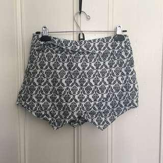 Black and white skort (shorts but look like a skirt)