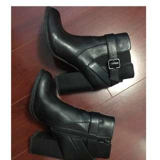 Almost Brand New (worn twice) Black Leather Buckle Aldo Boots-Size 7
