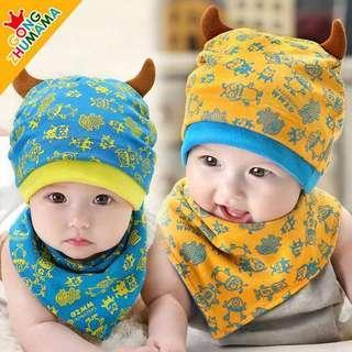 🚚 嬰兒牛角帽 三角巾寶寶圍兜深黃色 藍滾邊