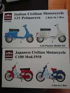 1/35 Scale Vespa & Honda C100 bikes, Classic series