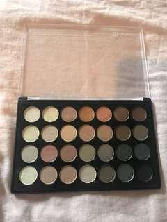 Bh cosmetics eyeshadow palette