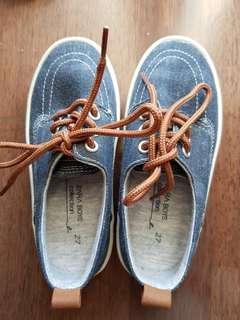 Zara boys shoes size 27
