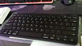Wireless keyboard for Blue tooth devices