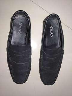 Sepatu Slip On Bata