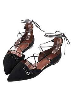 🚚 Gracegift雕花鏤空綁帶尖頭平底鞋
