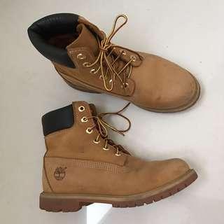 Authentic 6 inch premium Timberland boot