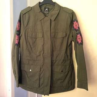 Fatigue green jacket coat