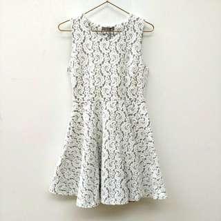 🚚 EYESCREAM白色蕾絲無袖洋裝