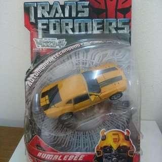 Takara Deluxe Transformers Movie 2007 Camaro Bumblebee