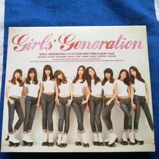 Girls' Generation [The First Mini Album - GEE]