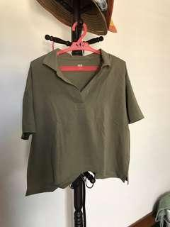 Uniqlo Military Green Shirt see flaw