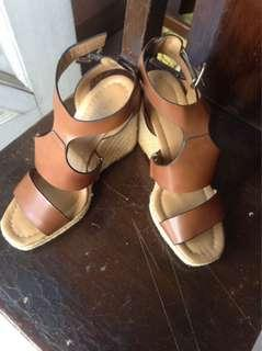 ZARA wedge shoes (used once)