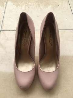 Pink Pump Shoes
