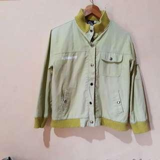 Jaket bomber outerwear