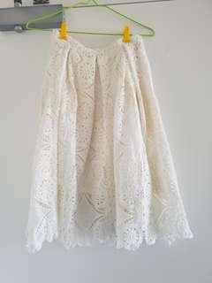 Valleygirl lace skirt - size 8
