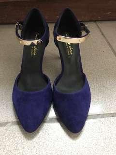 🚚 寶藍細根金屬帶瑪麗鞋