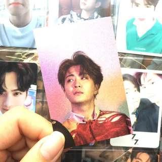 wts got7 eyes on you youngjae purple background photocard