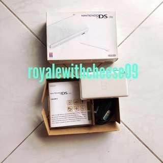 Nintendo DS Lite (boxed set)