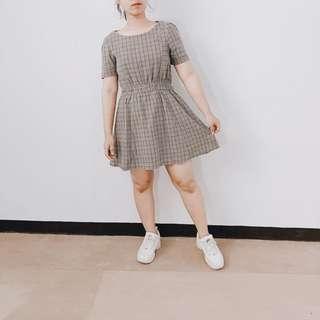 MINI SQUARE DRESS