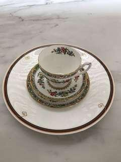 Vintage teacups Cups and saucer