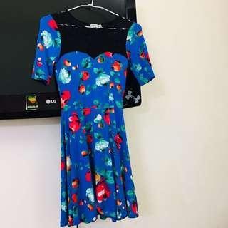 🚚 2手好物✨英國ASOS 蕾絲傘狀 花朵 洋裝 連身裙 希臘製 size : Uk6 /us 2