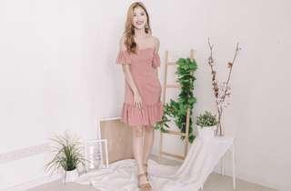 🌸 Derri Off Shoulder Button Dress in Pink