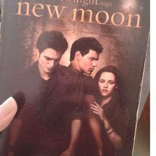 New Moon -Stephenie Meyer