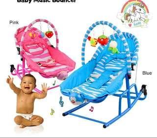 Baby music bouncer