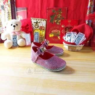 Sepatu pesta bayi blink