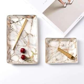 北歐風大理石陶瓷方盤 大理石/居家擺設/居家裝飾飾品盤/甜點盤/鑰匙盤