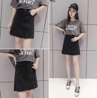 🚚 黑色短裙牛仔裙(大尺碼)✅